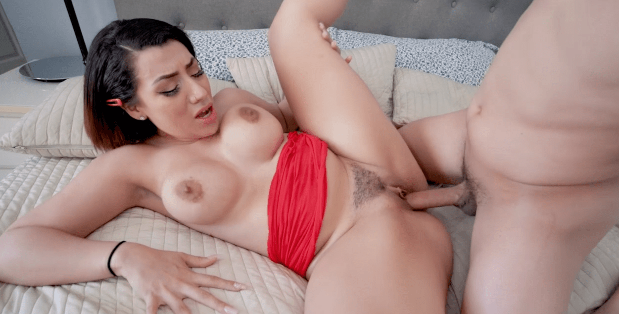 Bangbros – Creampie For my Step Sister
